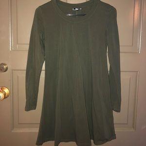 Women's tee shirt dress olive green size XS